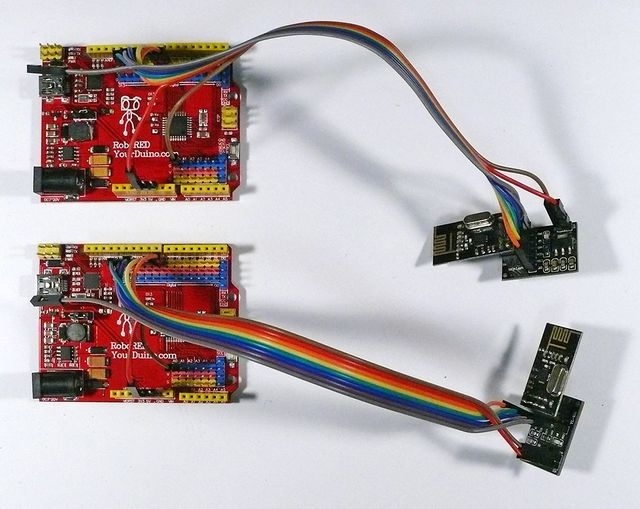 "caption=""Low-Power nRF24L01s with Base Modules connected to YourDuino RoboREDs"""